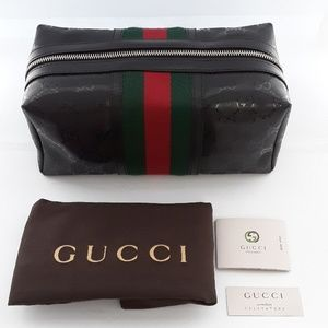 New with Bag GUCCI cosmetics case.